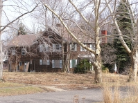 Illinois Colonial before new roof and renovations