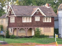 Arts-and-Crafts house southeast of Wick Park