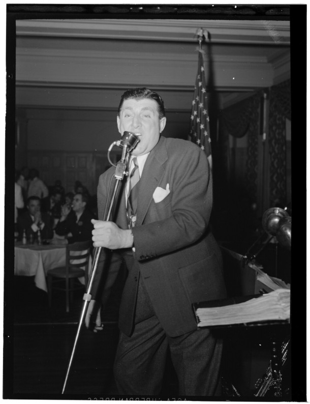 Tony Pastor performing at the Hotel Edison in New York in the late 1940s. Pastor also performed at the Palace Theater in Youngstown.