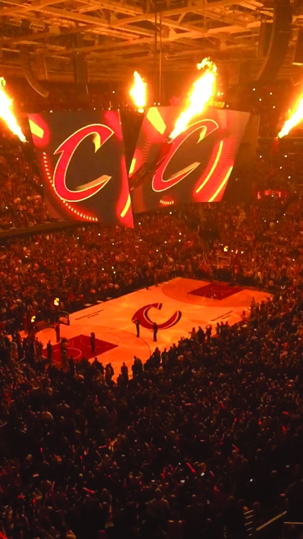 Full house at Quicken Loans Arena on Oct. 30. Electronic image by Michael Mann.